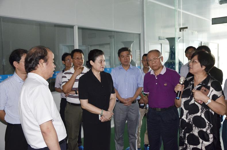 海南省人大常委會教科文衛工委執法檢查小組到三亞百泰指導工作